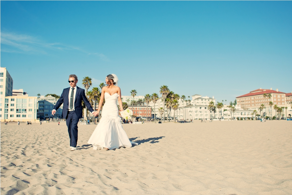 I Do How To S Santa Monica Beach Wedding Ceremony Lvl